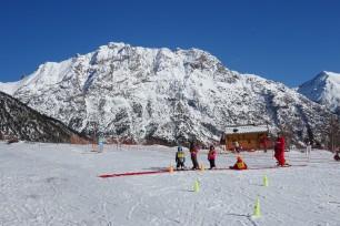 Cours de ski avec l'ESF s à Névache